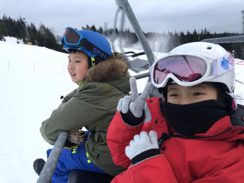 加拿大温哥华松鸡山雪景